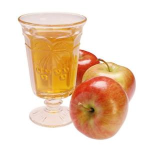 Яблочный ликер с корицей