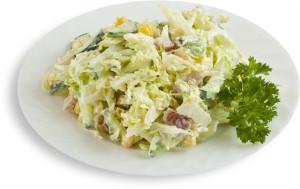 салат с пекинской капустой и грибами