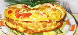 mnogocvetnyj-omlet-s-ovoshhami-i-ryboj-img