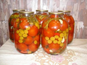 помидоры с алычой