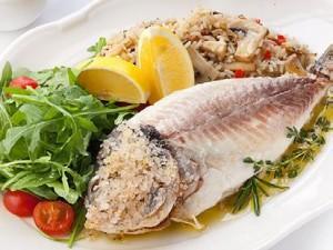 Рыба запеченная в морской соли