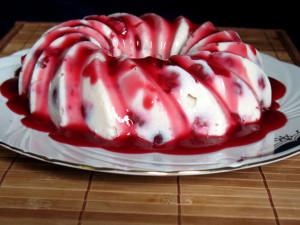 ягодный пудинг