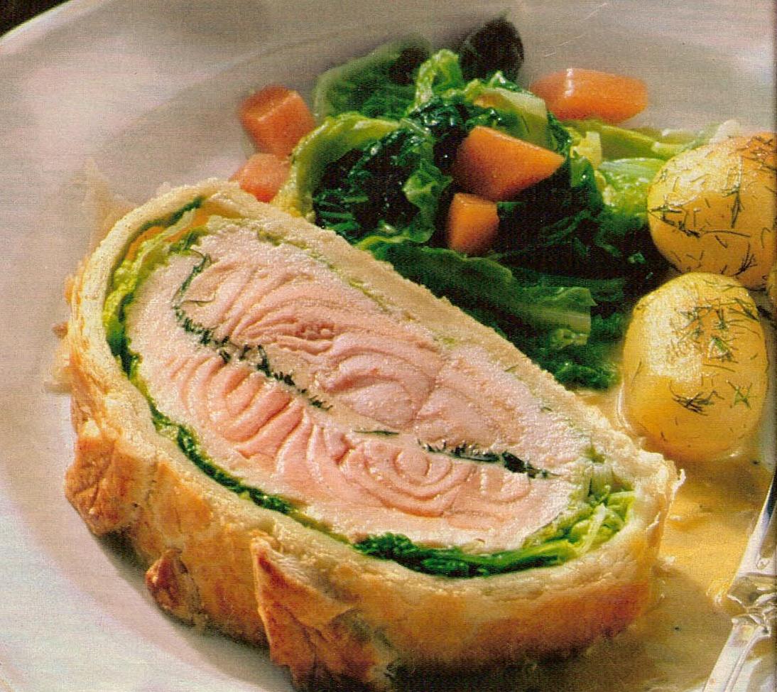 рыба запеченная в слоёном тесте в духовке