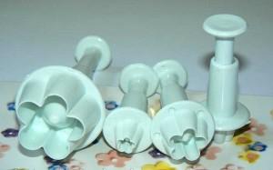 Формы для изготовления украшений из мастики