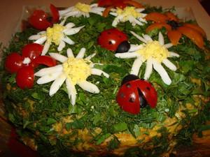 Закусочный торт Полянка с грибами