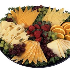 Нарезки сырные на праздничный стол