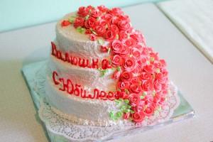 Украшение тортов на юбилей в домашних условиях