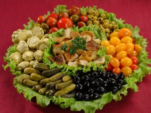 Овощные нарезки из маринованных овощей