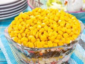 Салаты с морской капустой и кукурузой
