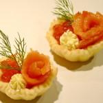 Тарталетки с красной рыбой для шведского стола