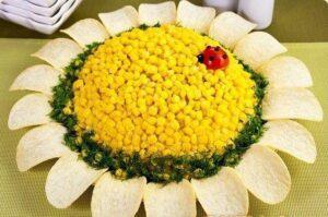 салат подсолнух с кукурузой