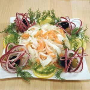 Салат с лососем Тала